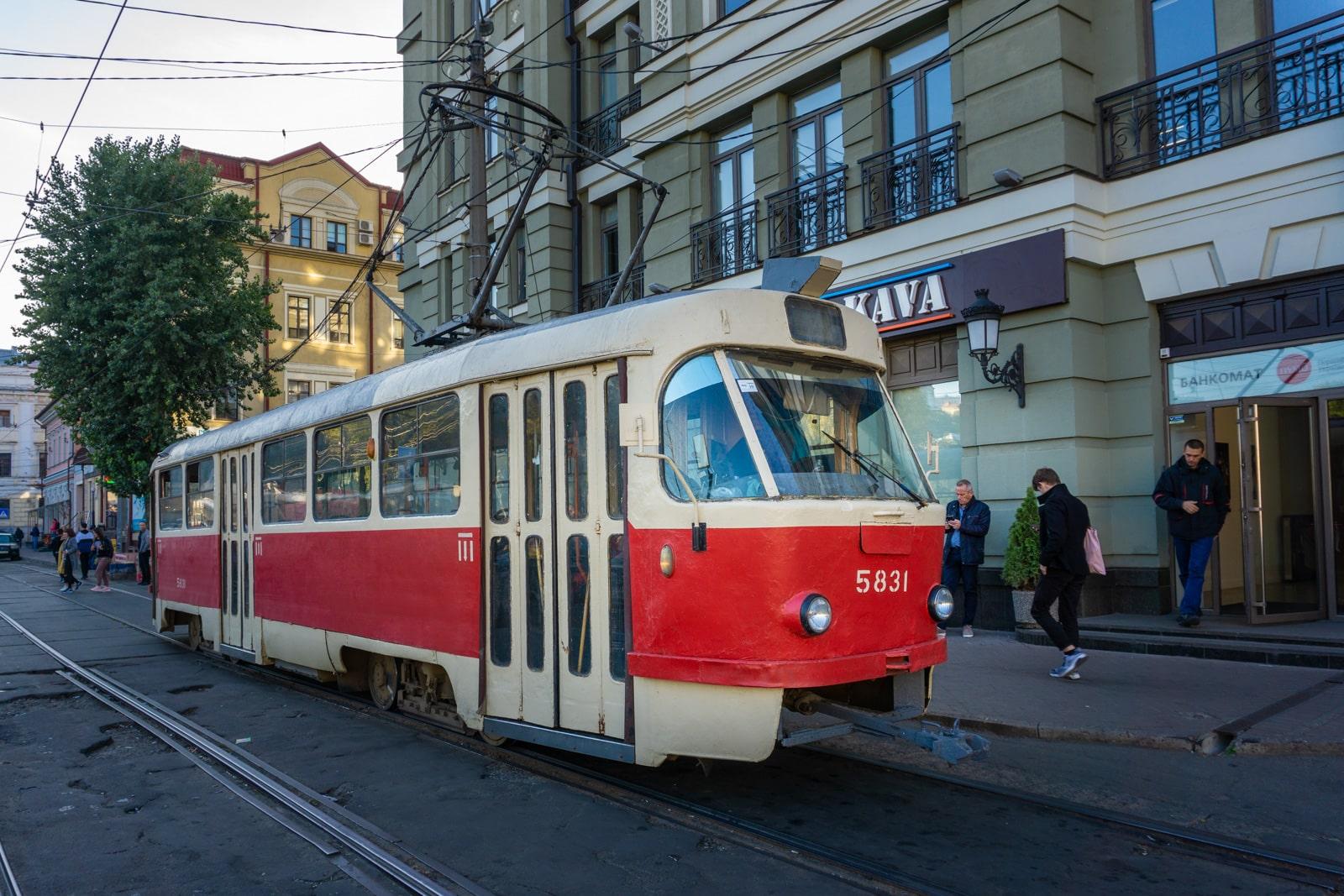 Tranvía en una ciudad ucraniana